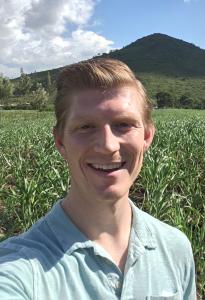 Andrew--improved-sorghum-seed-in-Kenya,